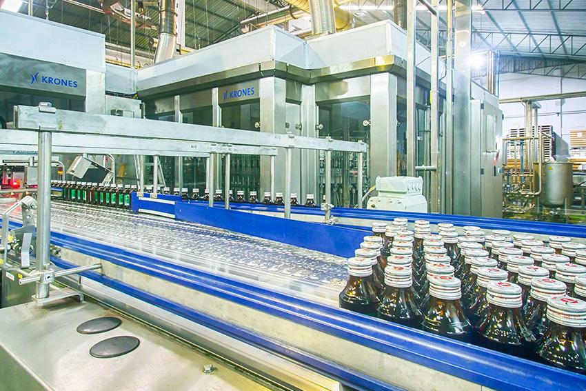 กลุ่มคาราบาวตะวันแดง (CBD) ทุ่มงบกว่า 1.7 พันล้านบาท สร้างโรงงานบรรจุขวดแห่ง ใหม่ที่มีเทคโนโลยีทันสมัยไฉไลกว่าเดิม รองรับยอดขายเติบโตต่อเนื่องทั้งตลาดในและต่างประเทศ